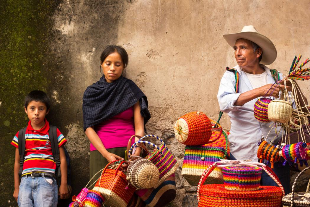 Conhecido Falta de oportunidades educativas para la población indígena en  ZL61
