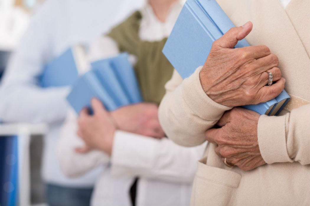 El aumento del miembro con la ayuda la ex licitación las revocaciones